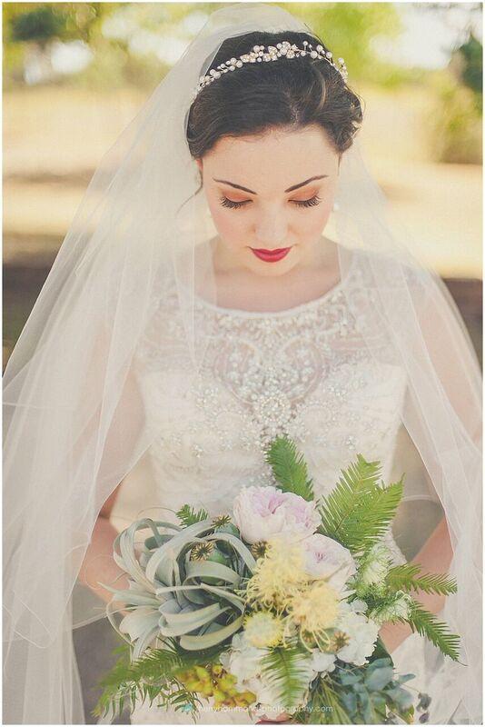 MM bridal bouquet unspecifiedTT8BHQGZ